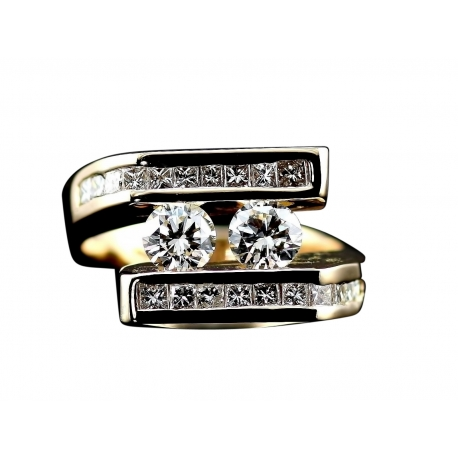 Symmetric Diamond Ring